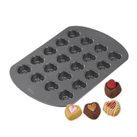 Wilton Bite Size Heart Pan