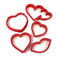 DECORATIVE HEART ASSORTED COOKIE CUTTER - 5 PIECE SET