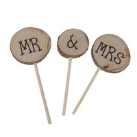 Round Wooden Mr and Mrs Cake Topper