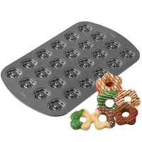 Wilton Cookie Pan - Scallop 24 Cavity